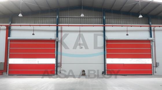 cửa cuốn chuyên lắp nhà xưởng với tốc độ cao
