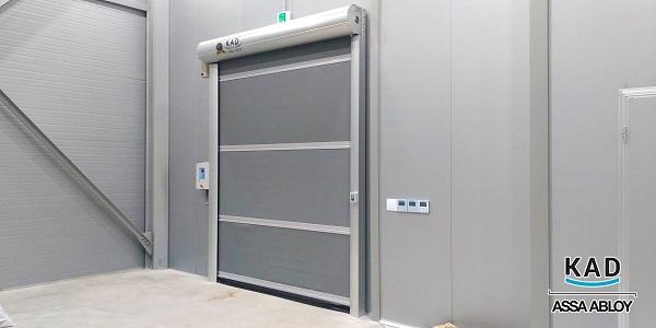cửa cuốn màn nhựa pvc đạt tiêu chuẩn chất lượng cao