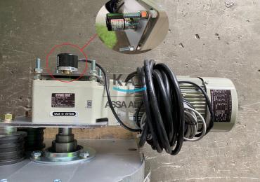 Vị trí gắn của Bộ đếm hành trình-Encoder trên cửa cuốn bạt nhựa PVC KAD